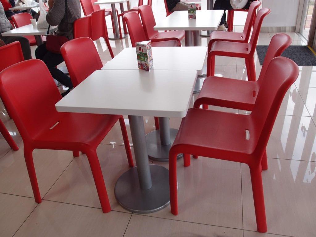 めんたいパークの椅子