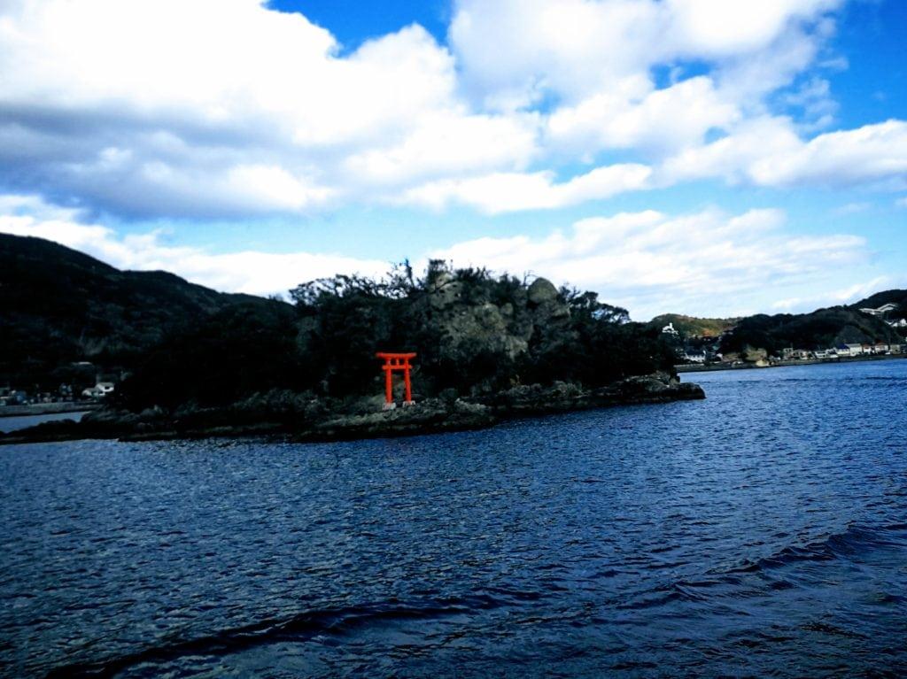 下田港クルーズ 遊覧船 毘沙子島(みさごじま)